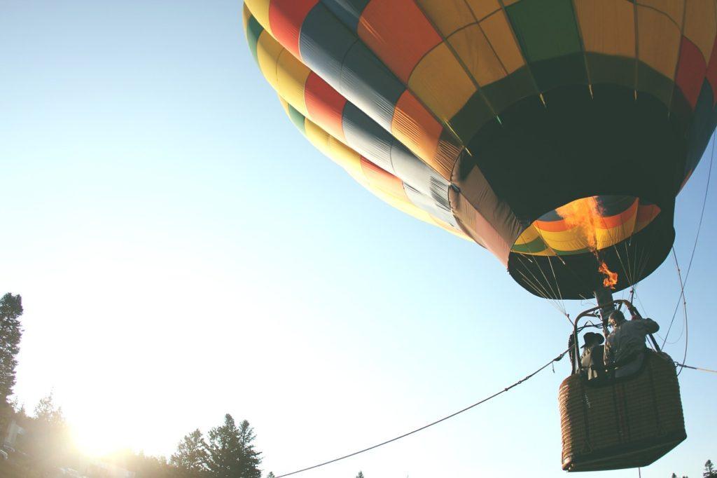 skrydis-oro-balionu